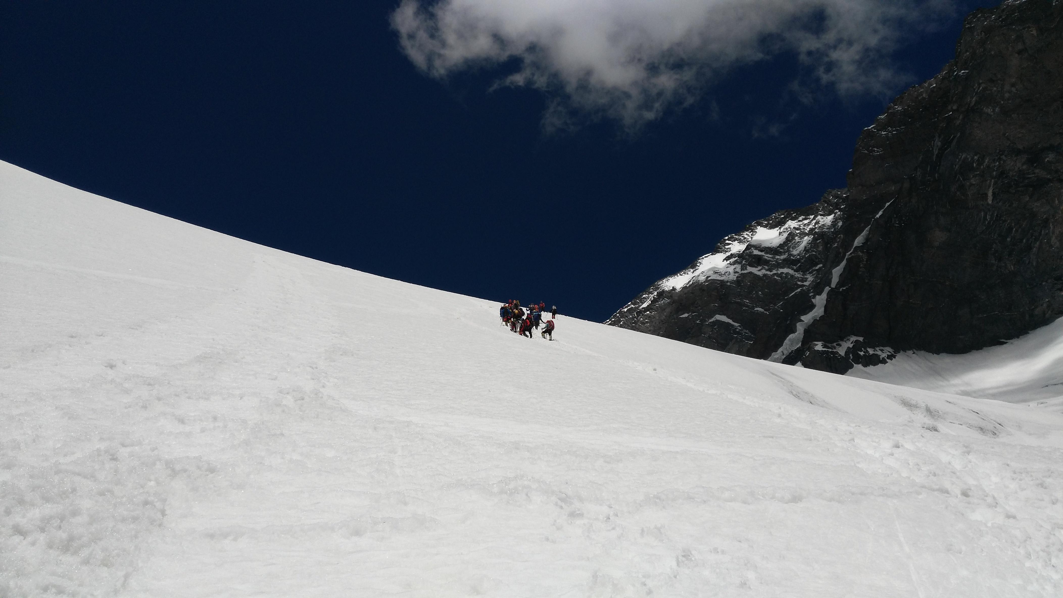 descend-to-korje-5600m
