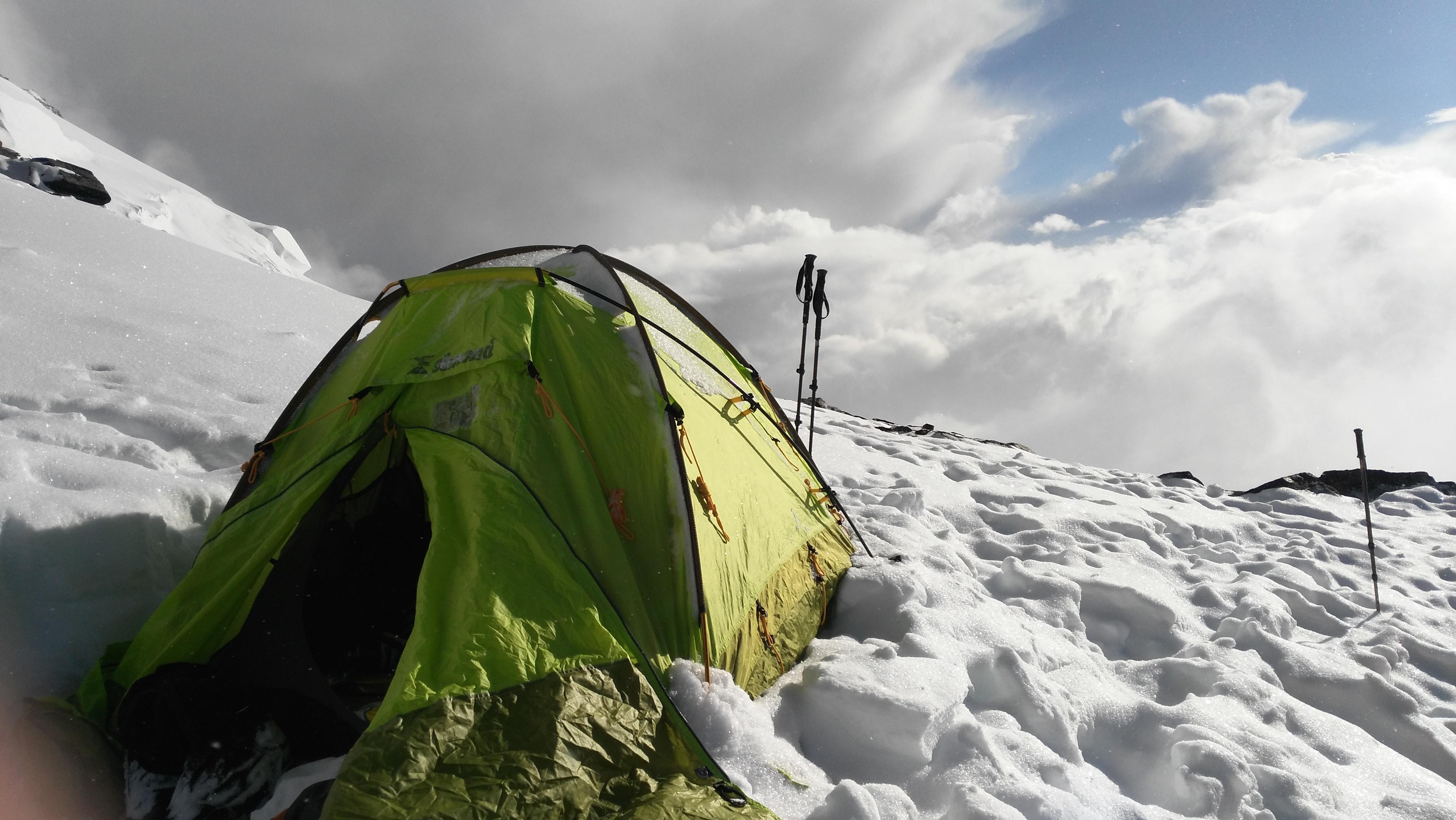 Komunizm 6400m Kampı/ Simond Çadır