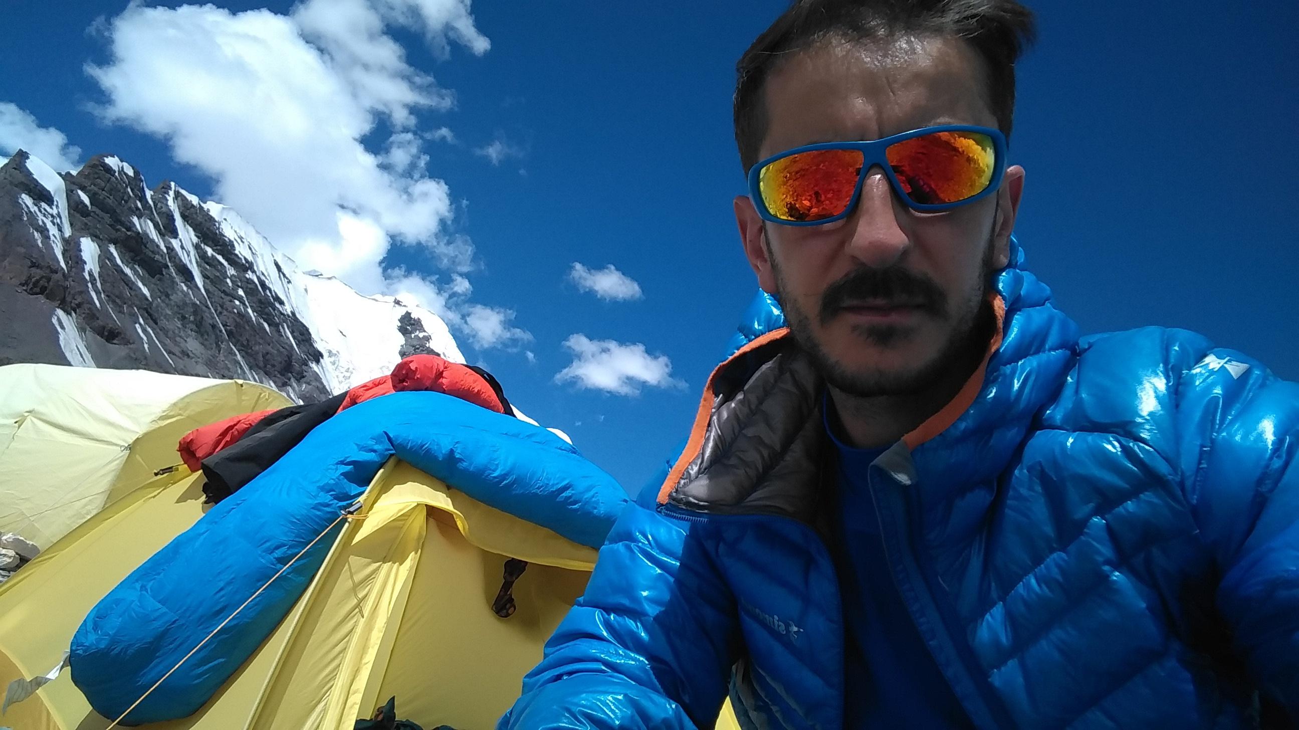 Ana kamp inelçek buzulu (1).jpg